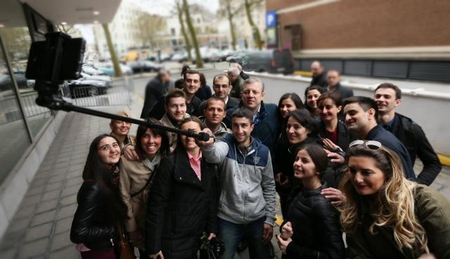 Gürcistan Başbakanı Kvirikaşvili Brüksel'e Gitti