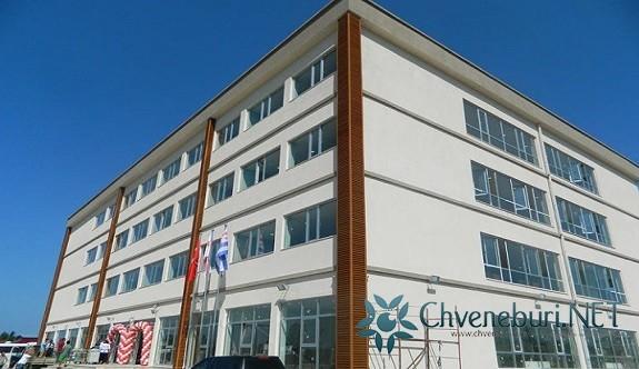 Batum'da Yeni Türk Devlet Okulu Açıldı