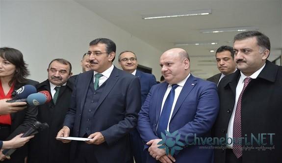 Gümrük ve Ticaret Bakanı Bülent Tüfenkci Gürcistan'da