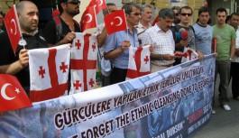Gürcüler Rusları Taksim'de Protesto Etti