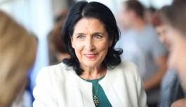Gürcistan Cumhurbaşkanlığı Seçiminin Galibi Salome Zurabişvili Oldu