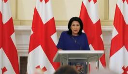 Cumhurbaşkanı Zurabişvili Ordu ile İlgili Açıklamalar Üzerine Yoğun Eleştiri Altında
