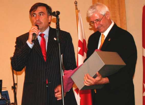 Miheil Saakaşvili-Mevlüt Artvinli