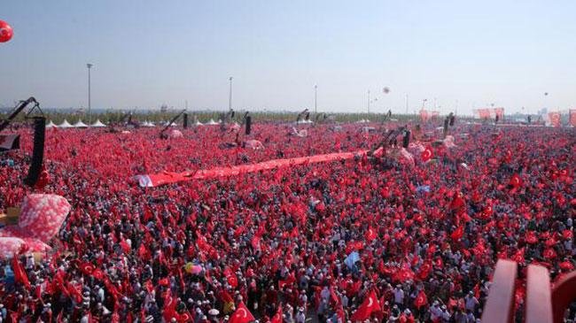 5 მილიონი ადამიანი გამოვიდა